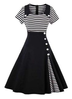 Pin up dresses - Contrast Striped Button Detail Flare Dress – Pin up dresses Elegant Dresses, Pretty Dresses, Casual Dresses, Casual Outfits, Awesome Dresses, White Outfits, Mode Outfits, Dress Outfits, Fashion Dresses
