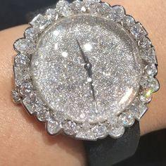 Gorgeous !! In love with all the diamonds cut in this Watch!! @dior @victoiredecastellane !! #dubai #dubaiart #dubailife #dubaimall #mydubai #highjewelry #finejewelry #hautejoaillerie #joaillerie #jewelry #love #life #luxury #luxurywatch #luxurydesign #luxuryjewelry #instagood #instalike #instamood #instagram #instadaily #instafollow #inspiration #diamond #queen #royal #followme #style #fabulous #beautiful