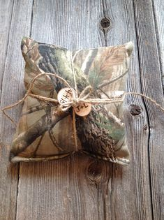Hey, I found this really awesome Etsy listing at https://www.etsy.com/listing/208014291/camo-ring-bearer-pillow-camo-ring-bearer