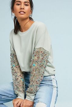 Beaded-Sleeve Pullover in 2019 Fashion Details, Diy Fashion, Fashion Dresses, Womens Fashion, Fashion Design, Diy Clothes, Clothes For Women, Diy Vetement, Spring Tops