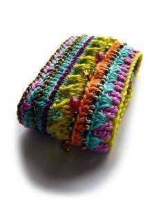 crochet bracelet ••• Armband crochet-bracelet Häkelarmband ••• von crochet.jewels auf DaWanda.com