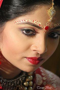 Portrait of a bengali bride.