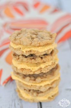 The BEST oatmeal cookies filled with an amazing pumpkin cream cheese frosting. Man, I love cookies.