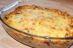 Sajtszószos rakott cukkini recept Meat Recipes, Vegetarian Recipes, Cooking Recipes, Healthy Recipes, Hungarian Recipes, Healthy Cooking, Healthy Food, Macaroni And Cheese, Food Porn
