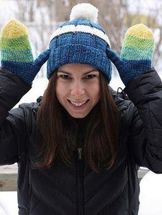 Adorable free pattern...Grandma's Knit Hat and Mittens, from allfreeknitting.com #knitting #freepattern