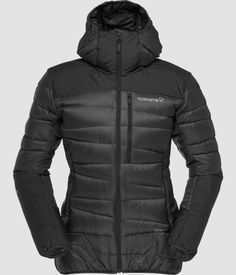 Norrøna falketind 750 dunjakke med hette for dame Puffer Jackets, Winter Jackets, Winter Coats, Nylons, Pullover, Jackets Online, Fashion 2020, Daily Fashion, Fashion Trends