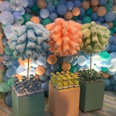 23 Clever DIY Christmas Decoration Ideas By Crafty Panda Baby Shower Balloons, Baby Shower Parties, Baby Shower Themes, Baby Boy Shower, Baby Shower Decorations, Circus Birthday, Circus Party, Baby Birthday, 1st Birthday Parties