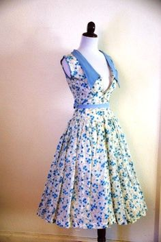 Vintage 1950s Corn Flower Blue Floral Dress by RetroKittenVintage, $85.00