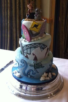 Aussie wildife, Australian icons and our magical marine life too! 75 Birthday Cake, Birthday Desserts, Fondant Cakes, Cupcake Cakes, Cupcakes, Australia Cake, Fab Cakes, Travel Cake, Baby Cake Topper