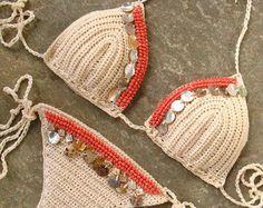 1cd5c5028c2b Crochet el bikiní en traje de baño de Crochet de crema y Bufandas