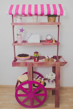 Una fiesta para una pequeña princesa » Wedding planner Lleida – Barcelona :: Organización de eventos Candy Stand, Truck Cakes, Candy Cart, Soap Display, Ideas Para Fiestas, 3rd Birthday Parties, Creative Crafts, Store Design, Event Decor
