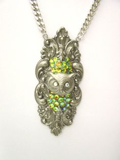 Owl Pendant, Pendant Necklace, Owl Pictures, Owl Jewelry, Lust, Jewelry Collection, Elegant, Metal, Style