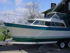 1968 Tollycraft 28 cruiser