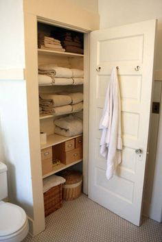 Love Bathroom Linen Closets That Are Actually Inside The I Couldn T Tell You How Many Times Ve Jumped Into Shower And Had Forgot To Grab A