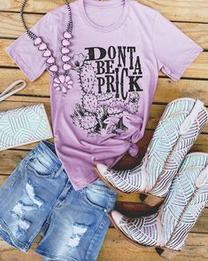 Cute Cowgirl Boots, Western Boots, Junior Plus Size, Country Outfits, Cute Tshirts, Boho Tops, Chic Outfits, Denim Shorts, Dresses With Sleeves