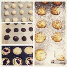 Biscotti al cocco - biscotti al cacao con crema di caffè - pasticcini crema e amarena