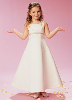Google Image Result for http://www.jaksflowergirldresses.com/flower_girl_dress_24.jpg