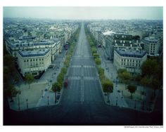 Atta Kim_ON-AIR Project  210-1, The Paris Series, Avenue des Champs-Elysees