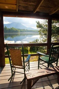 Ideas for house lake view cabin Lake Cabins, Cabins And Cottages, Outdoor Spaces, Outdoor Living, Lakeside Living, Cabin In The Woods, House By The Lake, Interior Exterior, Log Homes