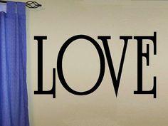 wall decal quote  Love por WallDecalsAndQuotes en Etsy
