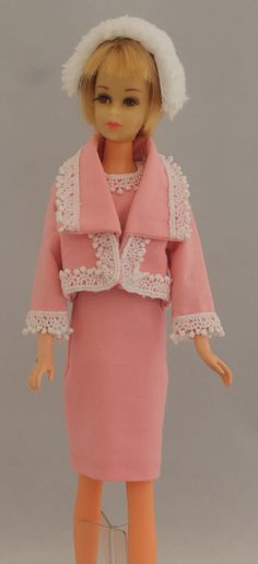 Reproduction of rare Japanese Francie outfit  from marthasminiatureworkshop.com Barbie Friends, Barbie World, Twiggy, Vintage Japanese, Friends Family, Vintage Toys, Poppy, Cloths, Harajuku