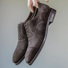of when this pair from was brand new. This pair should see a lot of wear as the weather cools down and the streets get wet. Your Shoes, Men's Shoes, Goodyear Welt, Stylish Men, Dress Codes, Shoe Game, Oxford Shoes, Menswear, Lace Up