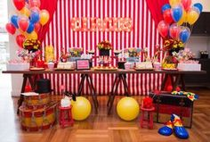 Circo Vintage - Animais, mágicos e malabaristas. Esse0s são apenas alguns ingredientes do mundo do circo. E foi esse o tema usado pela Festas da Ju para um  aniversário de 1 ano. Inspire-se!