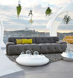 'Blogger' Sofa by Roche Bobois; yes, it's called blogger sofa #sala #salagrande #salamoderna #mueblesmodernos #moderno #ideassalagrande #ideascasa #mobiliario #contemporaneo #sofa #deco #diseñointerior #Rochebobois #gris