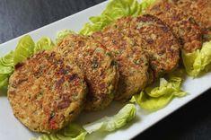 La hamburguesa de berenjena es una opción perfecta para quienes estén haciendo dieta o quieran seguir una alimentación saludable. Se encuentra elaborada con verduras asadas al horno sin una gota de grasa. Asimismo, posee muchas ventajas, dado que al ser de verduras, es una manera original y engañosa de incorporar este ingrediente en la alimentación …
