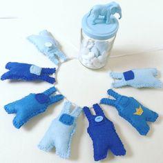 Blue babyboy garland baby nursery babyroom by voorkindjes on Etsy