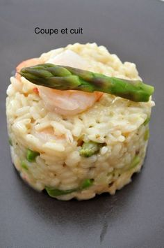 Risotto aux asperges et gambas Gourmet Recipes, Cooking Recipes, Healthy Recipes, Risotto Rice, Rice Dishes, Couscous, How To Cook Pasta, Healthy Cooking, Food For Thought