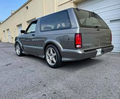 """International SyTy Registry on Instagram: """"1992 GMC Typhoon Owner: Joe Adams @spitfire481 Joe's choice of a custom silver monotone paint came out insane! 💥😮🤤 #sytyregistry…"""" Gm Trucks, Chevrolet, Choices, Painting, Instagram, Silver, Painting Art, Paintings, Painted Canvas"""