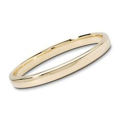 14kt Yellow Gold Thick Bangle Bracelet. A statement piece with 4 squared-off edges in polished 14kt yellow gold. Slip-on. #Classic look. >>To learn more just click on the gold bangle!