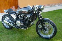Ottonero Cafe Racer: Sabre VF750