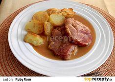 Uzené maso pečené na česneku a zelenině No Salt Recipes, Food And Drink, Pork, Beef, Treats, Chicken, Foods, Diet, Pigs