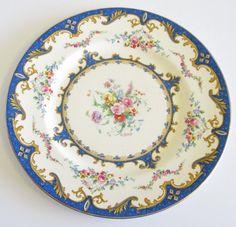Vintage Myott Dinner Cake or Serving Plate by TheWhistlingMan