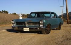 I love some wear on classic 60s steel. Pontiac Tempest.