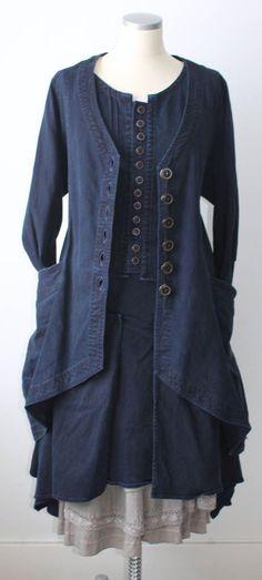 Indigo, buttons, layers and a cool jacket…KOMBINATIONER HÖST 2012 : Östebro