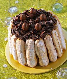 Charlotte à la crème Chiboust - Repas de Pâques - © Waiche-Veigas / Cedus Pour 6 à 8 personnes Préparation : 30 min Cuisson : 15 min Réfrigération : 12 h Ingrédients 30 à 36 biscuits...