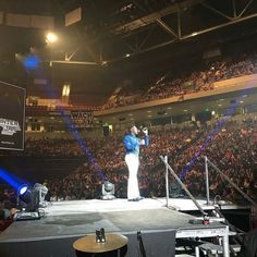 """@Regrann from @trendyfraendy -  #TrendyFraendy lifting up the name of #Jesus @winterjamtour Columbia SC. """"Let everything that has breath praise ye the Lord."""" All I can say is Thank you Jesus #cityonahill and you know I had to be #trendy #styleformen #fashion #gentleman #h&m #aldo #murano  #winterjam2017 #winterjamcla #winterjam #estgent #fashionlife #fashionstyle #Haitian#MMV #BIGLIFE - #regrann"""