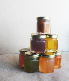 A sweet stocking-stuffer: samples of raw honey flavored with essential oils.