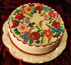 Beautiful Hungarian torta-csodálatos torta, magyar motívumokkal.
