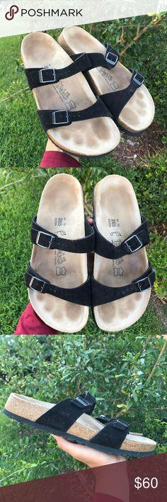 Women's Birkenstock open toe sandals Women's / size 10 10-5( 41)//WELL TAKEN CARE / minimal outersole wear / open toe / sandals / original / EUC / pics show condition !! Birkenstock Shoes Sandals