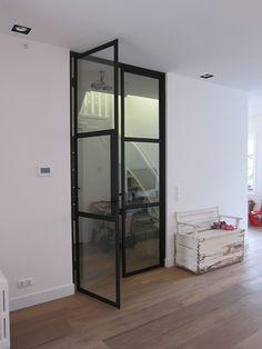 Purearchitecture - verbouwing Heemstede / stoeren stalen deuren