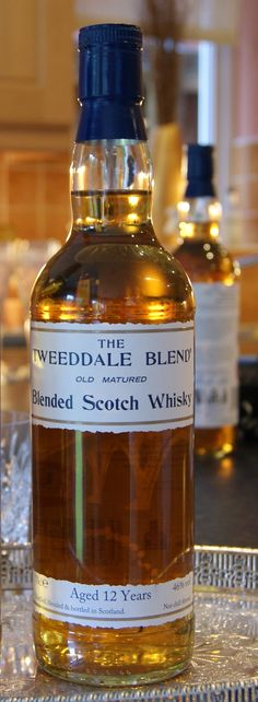 THE TWEEDDALE limited edition small batch blended Scotch Whisky. Batch 2, aged 12 years.