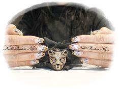 Unhas em Gel em cor dourado com nail art desenhado á mão Tema Tiger I Love it <3 My Nails thanks for me! Aplicação de unhas de Gel ,Acrílico e verniz gel e Hidratação de parafina! APÓS LABORAL: Horários: Segunda-feira a Sexta-feira :das 17.30h ás 24h E também Sábados das 13h ás 24h E Domingos das 9h da manhã ás 24h. Marca comigo msg Facebook! https://www.facebook.com/panteranegranails