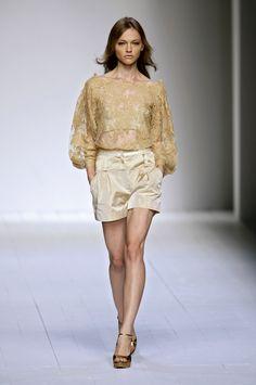 Sasha Pivovarova @ La Perla / Spring 2007