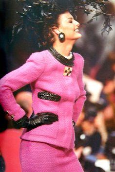 1992 Linda Evangelista- Chanel Haute Couture 1992