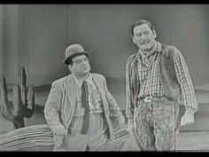 Errol Flynn and Lou Costello - television - (Forever Flynn) Great Comedies, Classic Comedies, I Movie, Movie Stars, Bud Abbott, Sid Caesar, My Favorite Year, Red Skelton, Comedy Duos