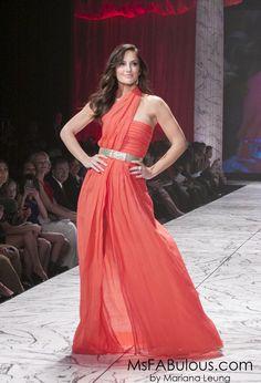 Minka Kelly in Oscar de la Renta Red Dress